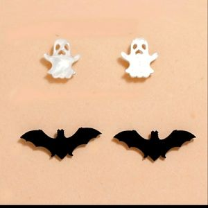 Jewelry - 2/$10 🎃Bat and ghost earrings